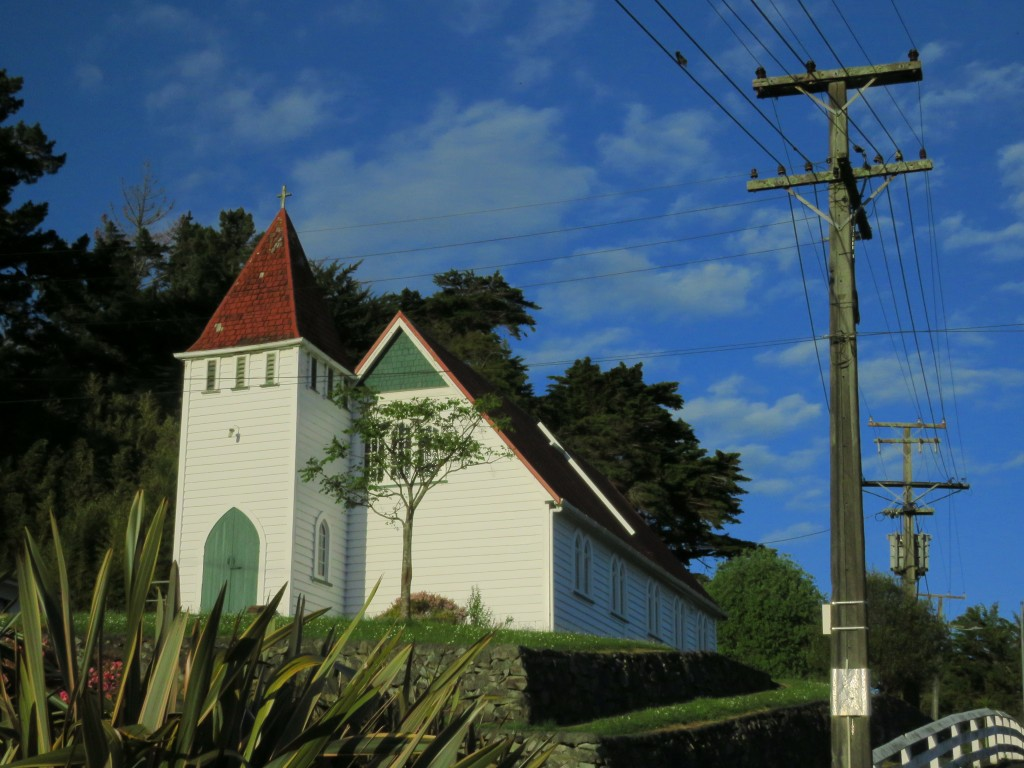 NZ: Kaiwaka-Church