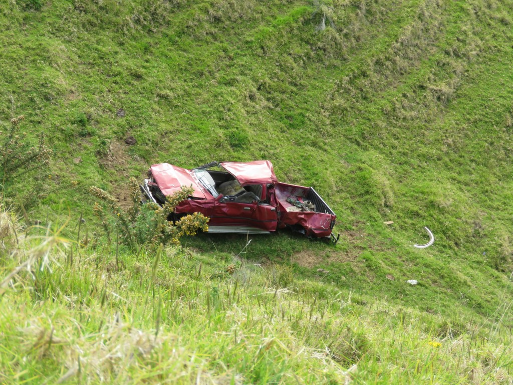 NZ: Manaia Road Cars
