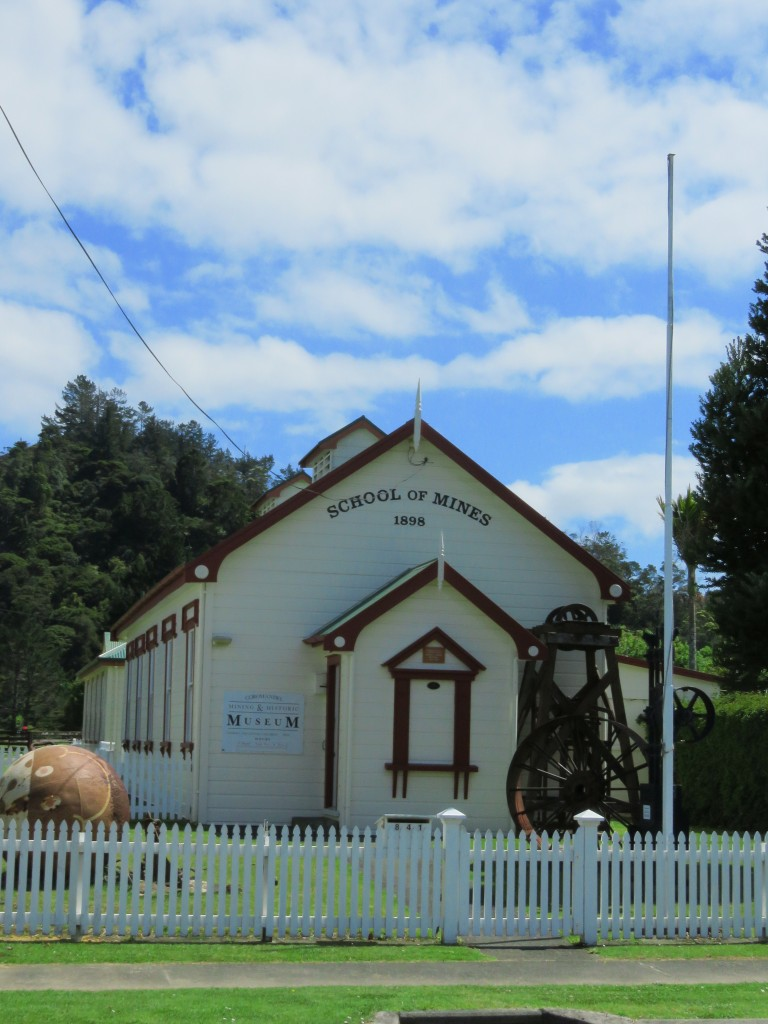 NZ: Coromandel School of Mines